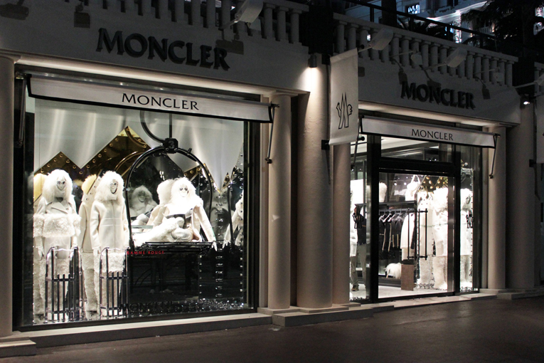 moncler vienna shop