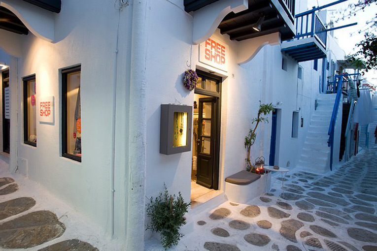 mykonos: free shop pop-up store