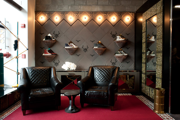 christian louboutin mens store