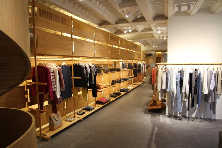superfuture supernews paris a p c store opening. Black Bedroom Furniture Sets. Home Design Ideas