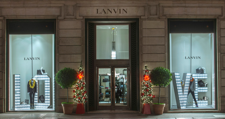 paris: lanvin x-mas window installation