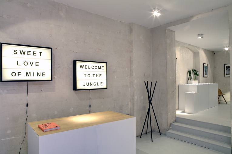 berlin: ace & tate pop-up store