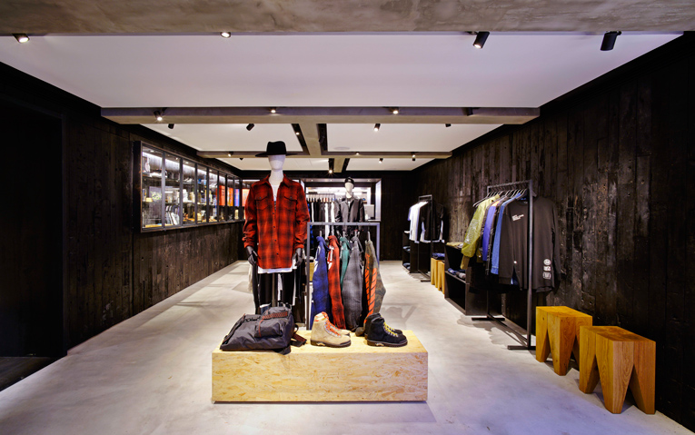 ab17a5fcfcf7 superfuture    supernews    hong kong  exi.t store opening