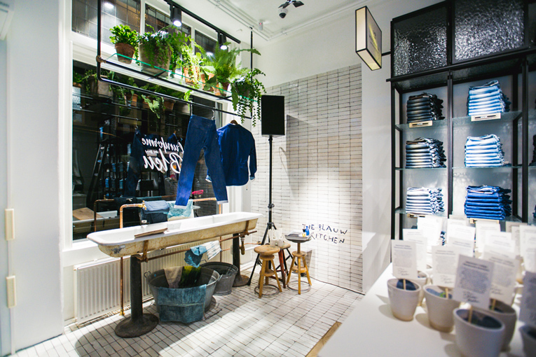 amsterdam: the blauw kitchen opening