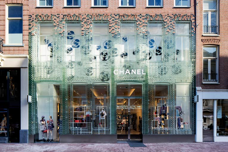 amsterdam: chanel store relocation