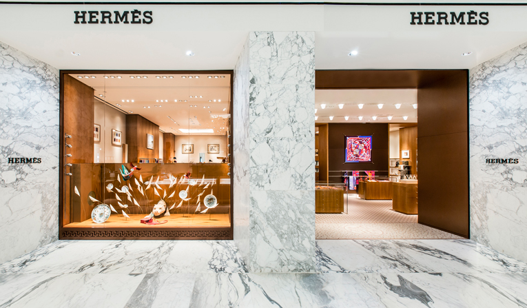 amsterdam: hermès shop-in-shop reopening