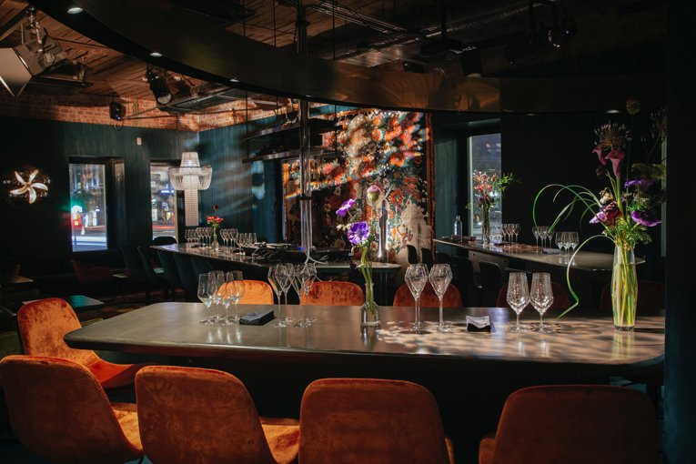 moscow: big wine freaks bar opening