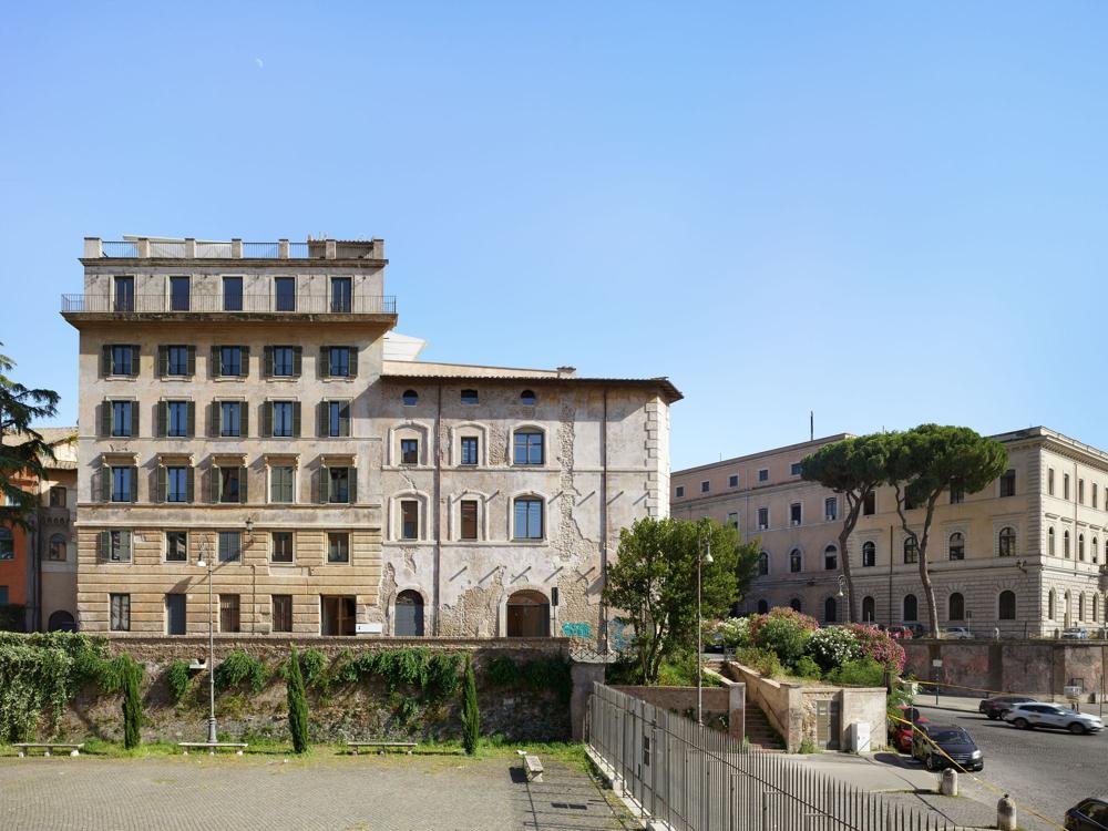 Rome Fondazione Alda Fendi Esperimenti Opening Superfuture