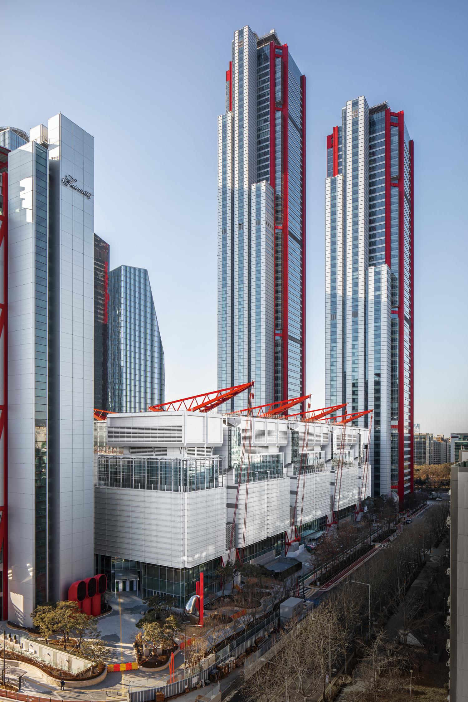 Seoul: The Hyundai Seoul department store opening