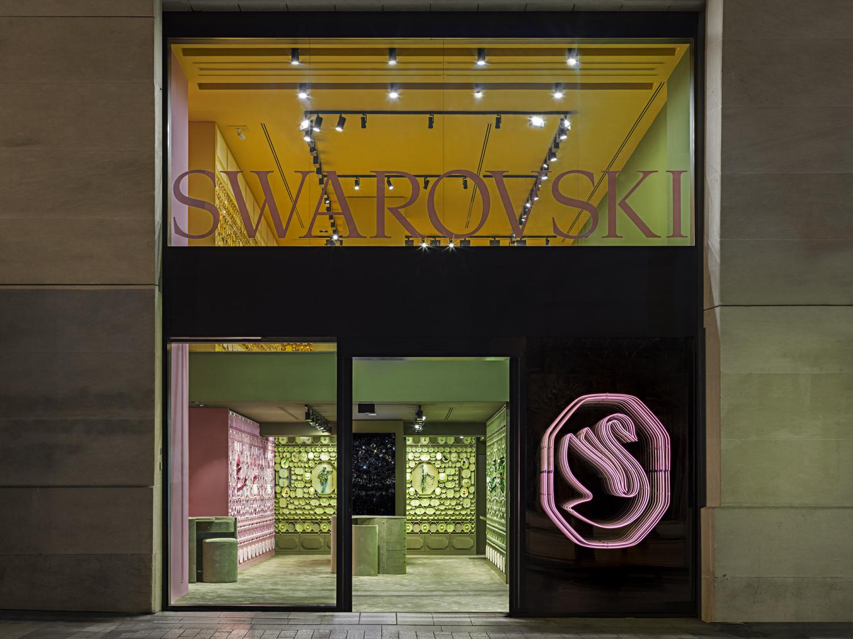 Paris: Swarovski store renewal – superfuture®